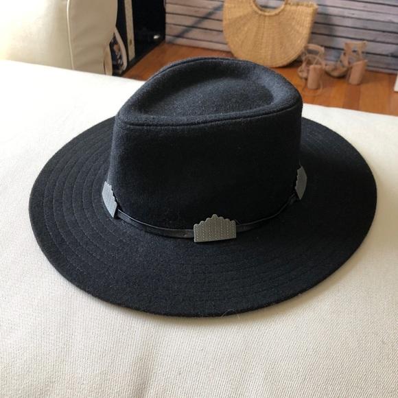 40aec583bc373 Black Boater Hat. M 5b61fe7010fc5403cfd46f09